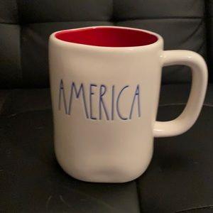 AMERICA Rae Dunn mug
